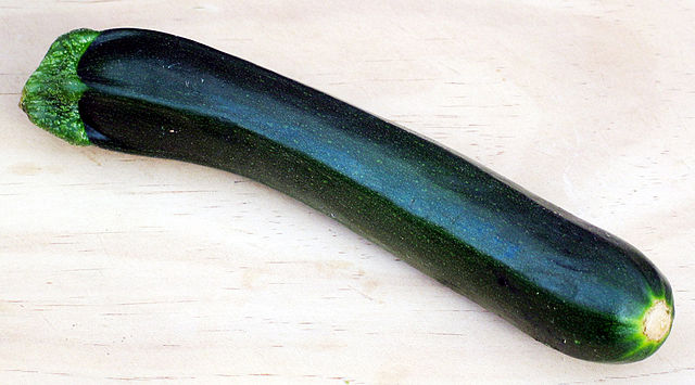 640px-Courgette.jpg