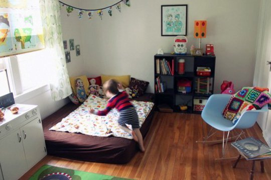 Foto Credits Apartmenttherapy A Gallery Of Childrens Floor Beds 195779