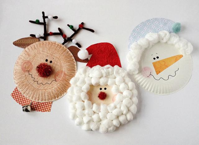 Lavoretti Di Natale Con Piatti Di Plastica.Un Natale Di Carta Le Decorazioni I Lavoretti Con I Bambini