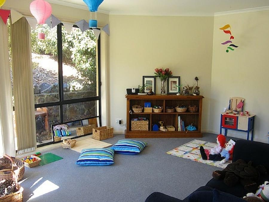 Come creare uno spazio gioco Montessori in casa per bambini da 6 a ...