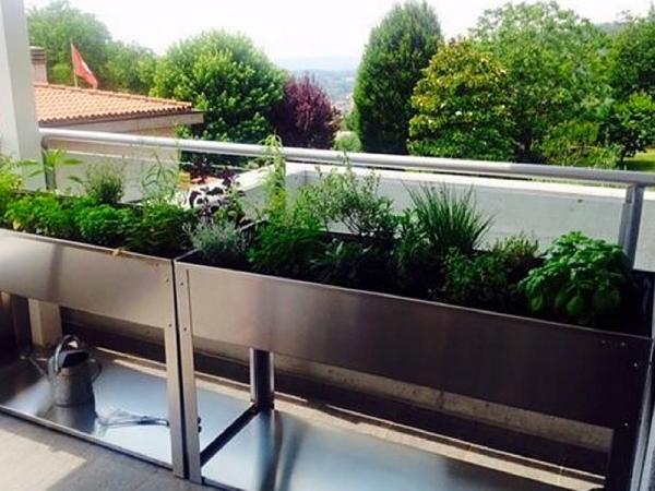 Come realizzare in maniera semplice un orto sul proprio terrazzo