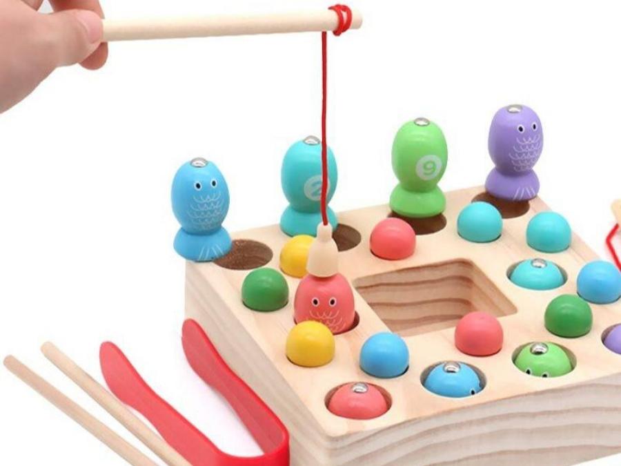 8 idee di giochi Montessori per bambini di 3 anni