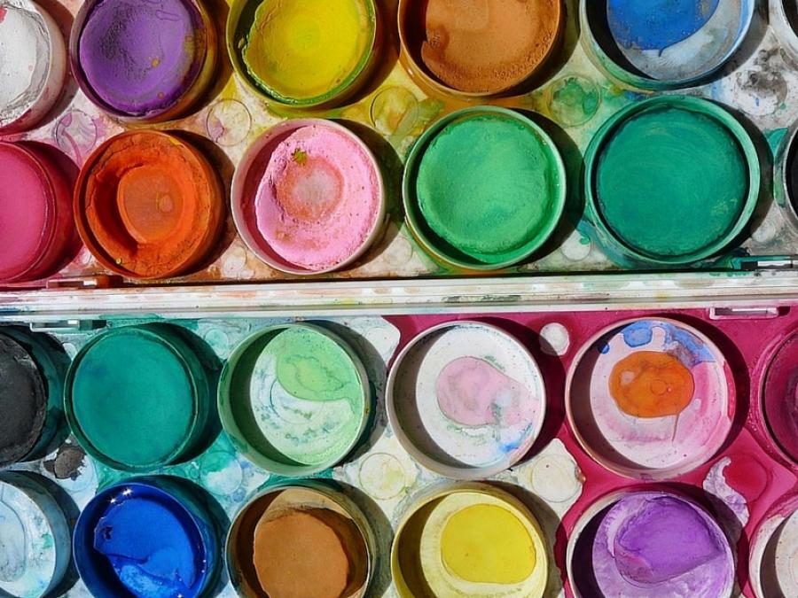 Favoloso Le attività artistiche in casa con i bambini: quello che c'è da sapere VE31